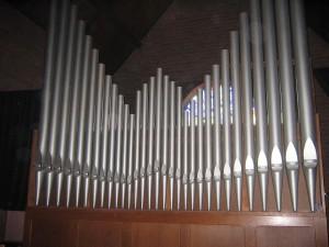 Vermeulen orgel Woezik. Restauratie.